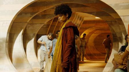 觀賞第 1 章:沙。第 3 季第 1 集。
